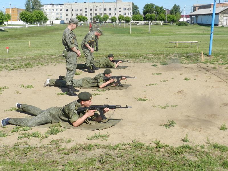 Тренировка перед армией: чем занимались хабарские мальчишки на военно-полевых сборах